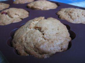 Снимка 3 от рецепта за Мъфини със захаросани череши (без яйце)