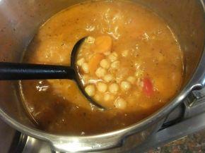 Снимка 4 от рецепта за Нахут яхния