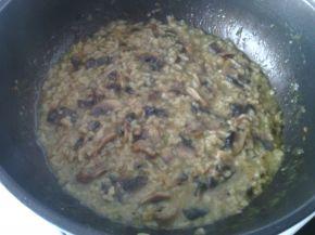 Снимка 2 от рецепта за Ориз с моркови, копър и печурки
