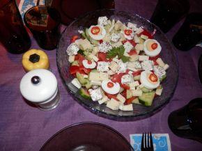 Снимка 4 от рецепта за Овчарска салата