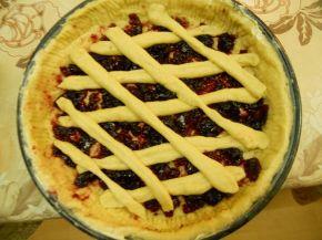 Снимка 2 от рецепта за Пай с конфитюр от вишни