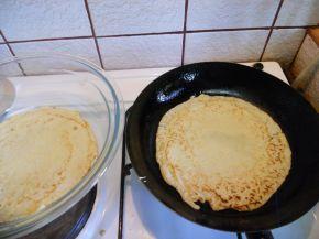 Снимка 3 от рецепта за Палачинки с газирана вода
