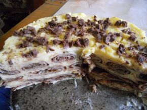 Снимка 4 от рецепта за Палачинкова торта с течен шоколад