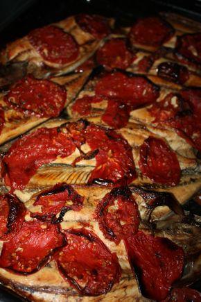 Снимка 2 от рецепта за Паламуд с домати на фурна