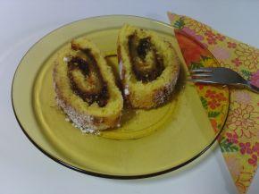Снимка 8 от рецепта за Пандишпанено руло с конфитюр
