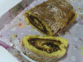 Снимка 10 от рецепта за Пандишпанено руло с конфитюр