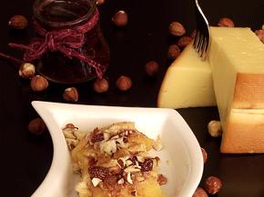 Снимка 4 от рецепта за Панирана пушена гауда със сладко от горски плодове
