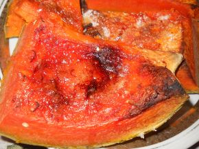Снимка 7 от рецепта за Печена тиква с ябълки и канелени пръчици