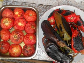 Снимка 3 от рецепта за Печена зеленчукова разядка