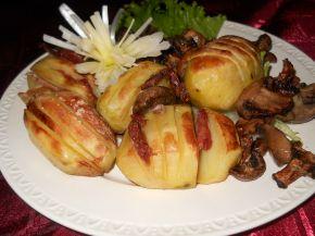 Снимка 2 от рецепта за Печени картофи с бекон и гъби