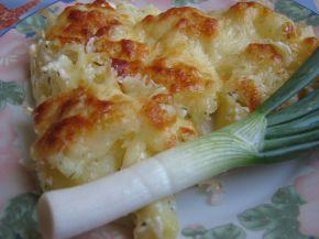 Снимка 2 от рецепта за Печени картофи със сметана