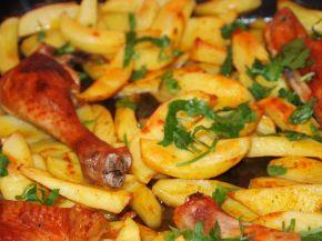 Снимка 3 от рецепта за Печени пилешки бутчета с картофи