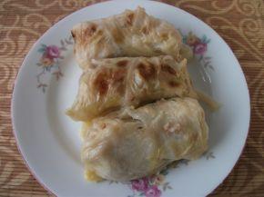 Снимка 5 от рецепта за Печени сармички с млечен сос