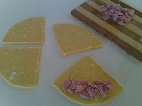 Снимка 3 от рецепта за Пикантни кифли