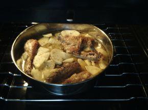 Снимка 8 от рецепта за Пиле с картофи и бира на фурна