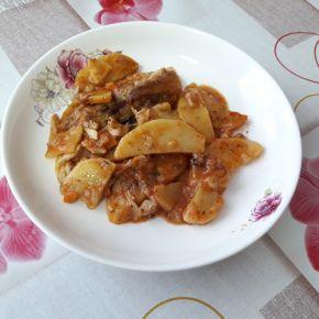Снимка 2 от рецепта за Пиле с картофи и домати