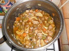 Снимка 2 от рецепта за Пиле с вино и соев сос