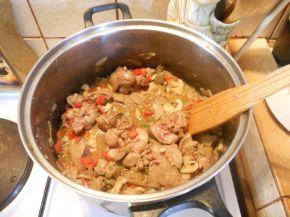 Снимка 3 от рецепта за Пилешки дробчета по селски