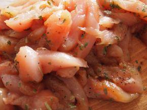 Снимка 4 от рецепта за Пилешки филенца с естрагон
