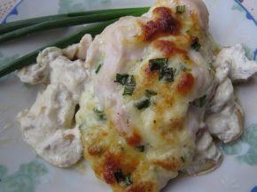 Снимка 1 от рецепта за Пилешки гърди, пълнени с кашкавал и гъбен сос с горчица