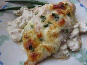 Снимка 6 от рецепта за Пилешки гърди, пълнени с кашкавал и гъбен сос с горчица