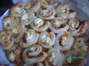 Снимка 2 от рецепта за Пита от бутер тесто