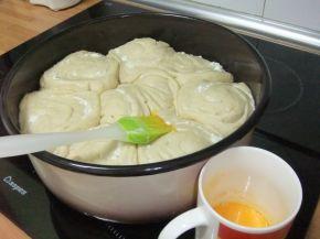 Снимка 11 от рецепта за Питка пухкавелка