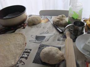 Снимка 2 от рецепта за Питка пухкавелка