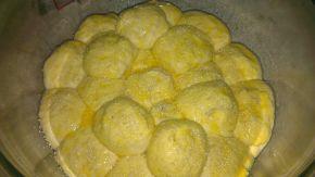 Снимка 7 от рецепта за Питка с бекон и топено сирене