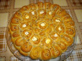 Снимка 2 от рецепта за Питка с три вида брашно и сирене