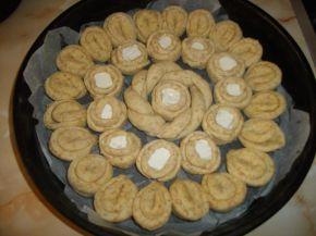 Снимка 4 от рецепта за Питка с три вида брашно и сирене