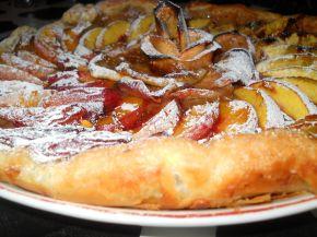 Снимка 2 от рецепта за Плодова тарта с ябълки и праскови