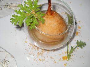 Снимка 3 от рецепта за Поширани круши с бяло вино, грейпфрут и индрише