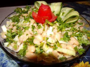 Снимка 2 от рецепта за Празнична салата с боб и праз