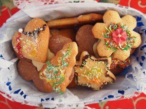 Снимка 9 от рецепта за Празнични меденки