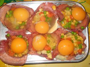 Снимка 4 от рецепта за Предястие със свинско филе и яйца