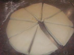Снимка 4 от рецепта за Пухкави питки