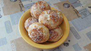 Снимка 7 от рецепта за Пухкави сиренки с масло