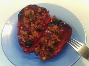 Снимка 11 от рецепта за Пълнени чушки с кайма и ориз - II вариант