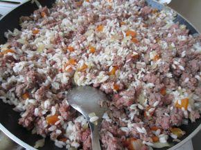 Снимка 2 от рецепта за Пълнени чушки с кайма и ориз - II вариант