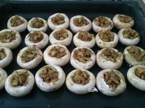 Снимка 3 от рецепта за Пълнени гъби с кайма