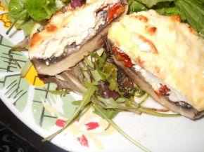Снимка 7 от рецепта за Пълнени гъби със сирене и яйца