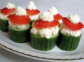 Снимка 1 от рецепта за Пълнени краставици с пастет от сирене Крема