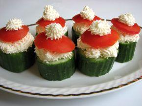Снимка 2 от рецепта за Пълнени краставици с пастет от сирене Крема