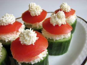 Снимка 4 от рецепта за Пълнени краставици с пастет от сирене Крема