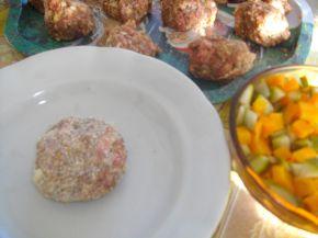 Снимка 4 от рецепта за Пълни кюфтета на фурна
