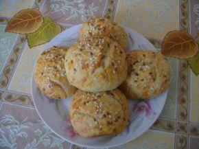 Снимка 5 от рецепта за Пълнозърнести питки с кренвирш и сирене