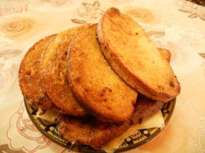 Снимка 10 от рецепта за Пържени филийки с кисело мляко
