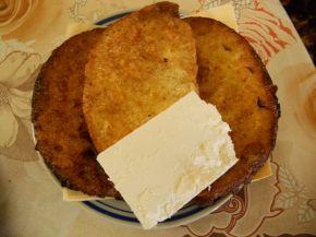 Снимка 11 от рецепта за Пържени филийки с кисело мляко