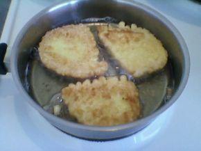 Снимка 3 от рецепта за Пържени филийки с кисело мляко
